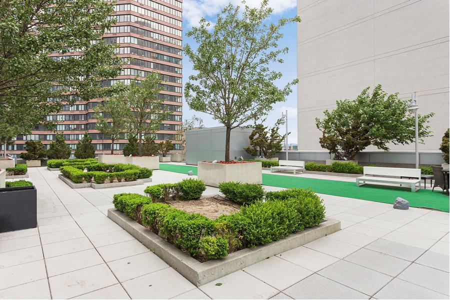 635 West 42nd Street 11M Clinton New York NY 10036