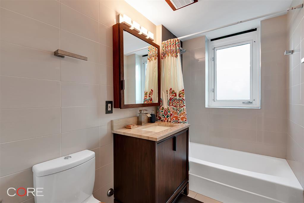 117 Kingsland Avenue Greenpoint Brooklyn NY 11222
