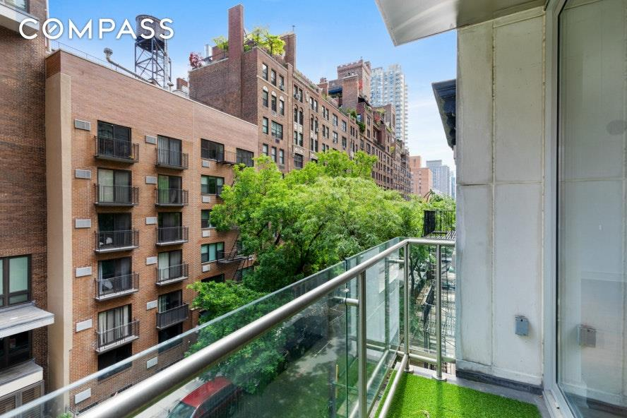 206 East 73rd Street Upper East Side New York NY 10021
