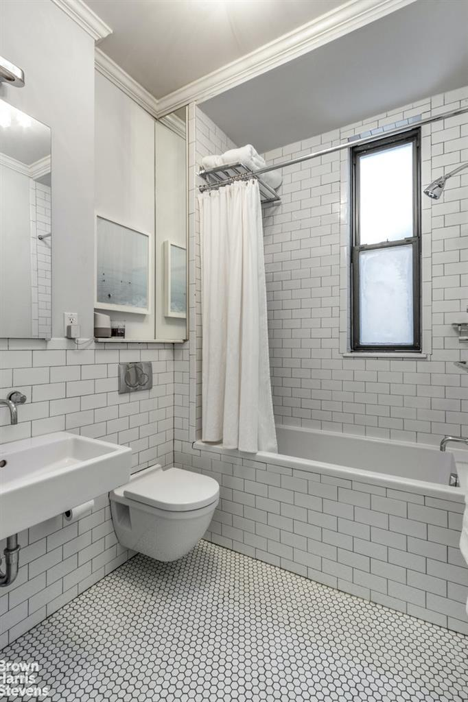 231 West 21st Street 4A Chelsea New York NY 10011