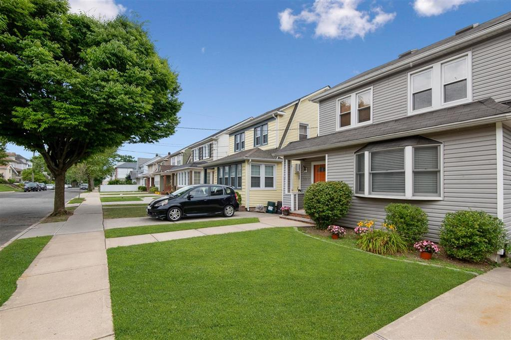 109 Purcell Street West Brighton Staten Island NY 10310