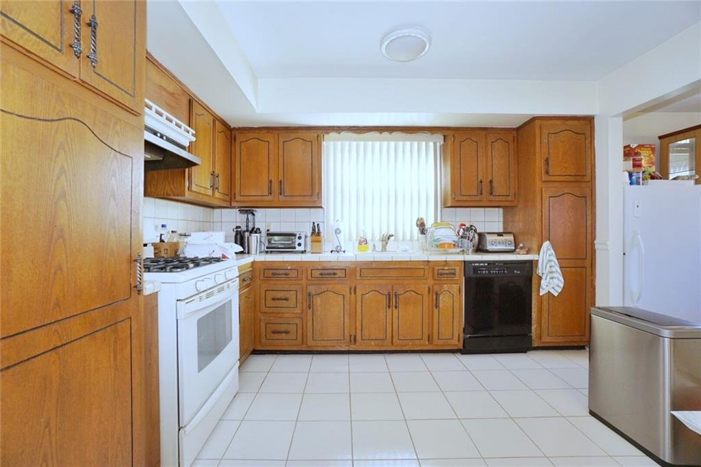 203 Willow Road Westerleigh Staten Island NY 10314