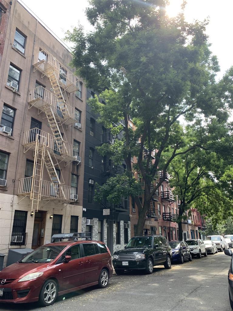 517 East 5th Street E. Greenwich Village New York NY 10009