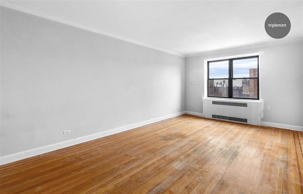 25-40 31st Avenue Astoria Queens NY 11106