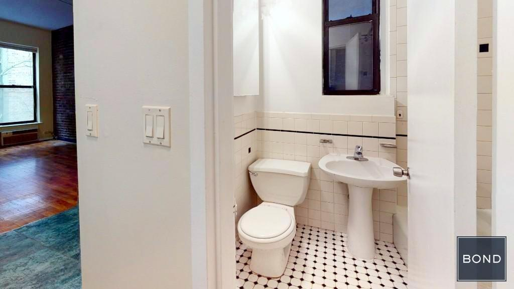 331 East 33rd Street Kips Bay New York NY 10016