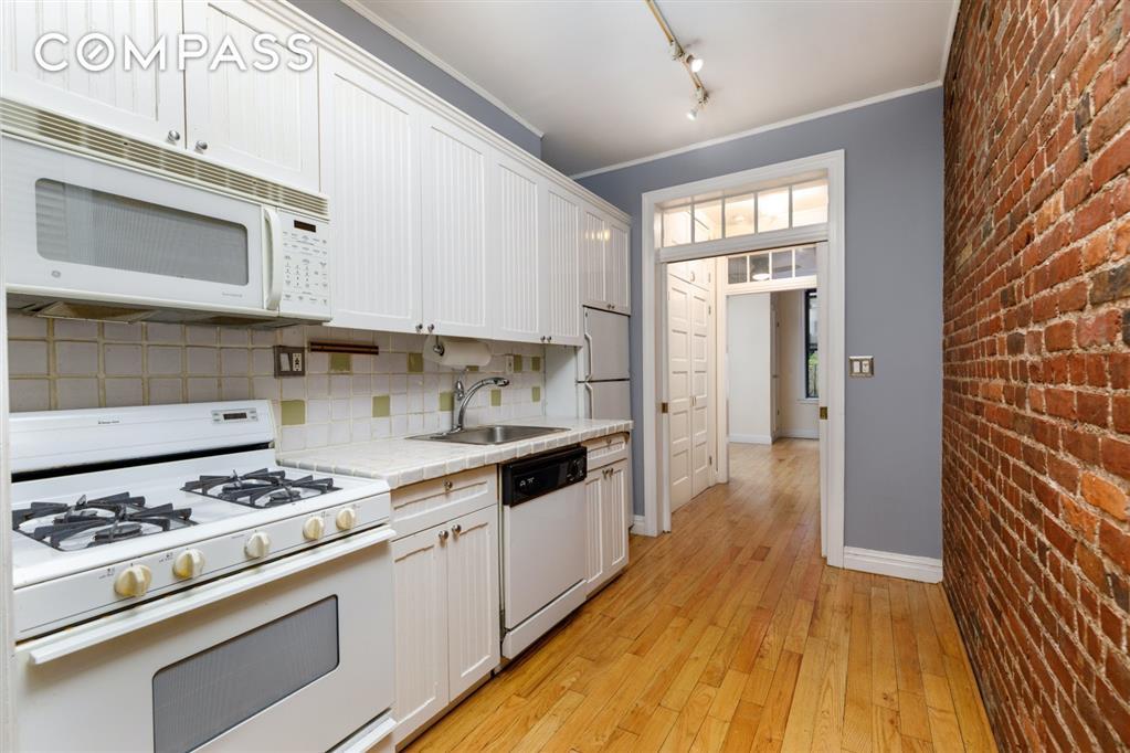 328 West 17th Street Chelsea New York NY 10011