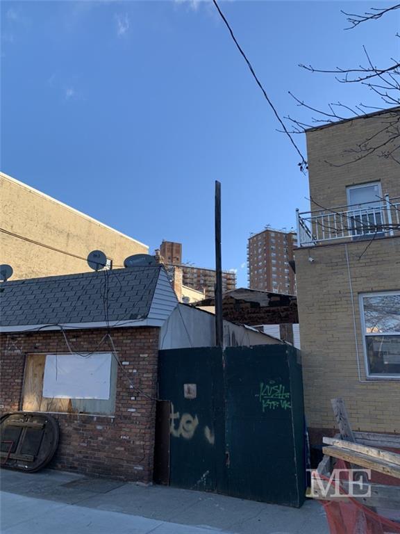 2513 West 17 Street Bath Beach Brooklyn NY 11214