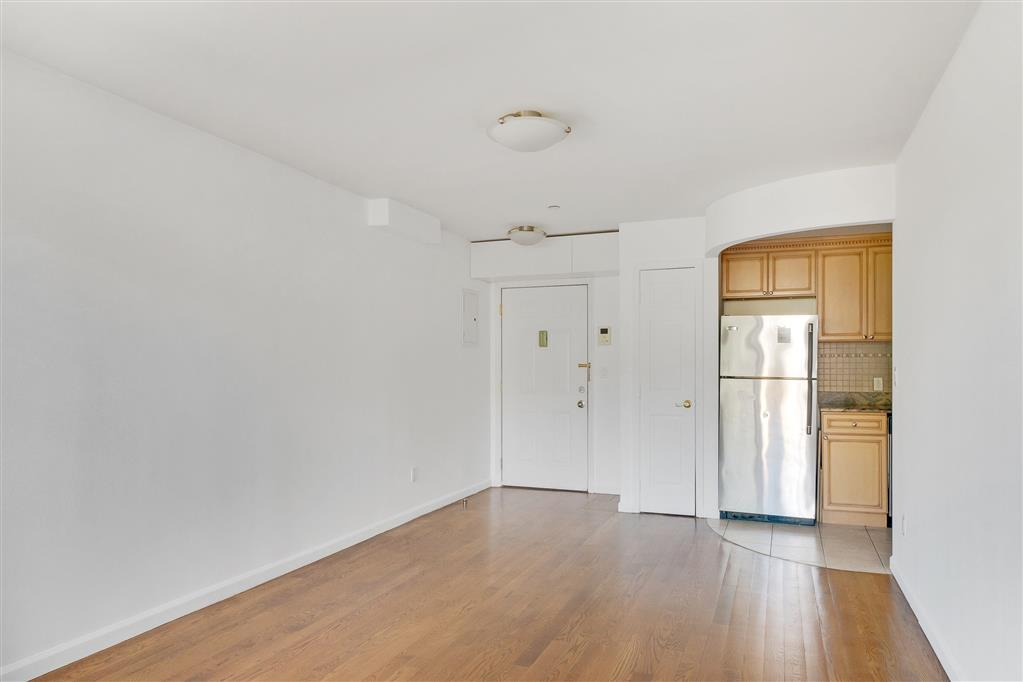 66-83 70th Street Middle Village Queens NY 11379
