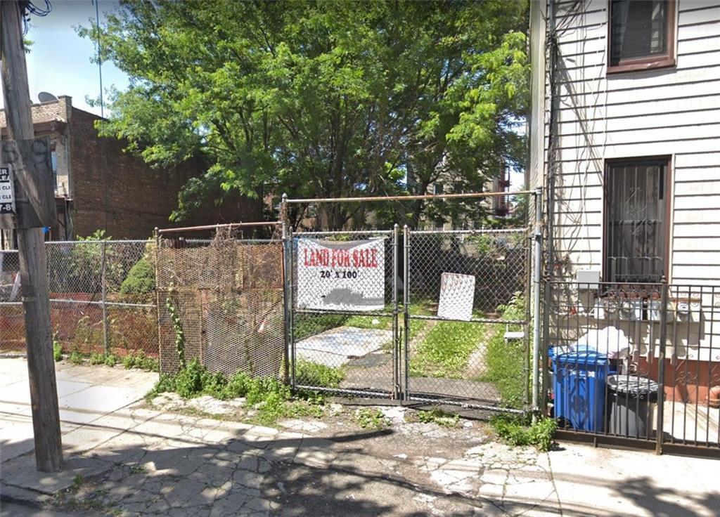 210 Montauk Avenue East New York Brooklyn NY 11208