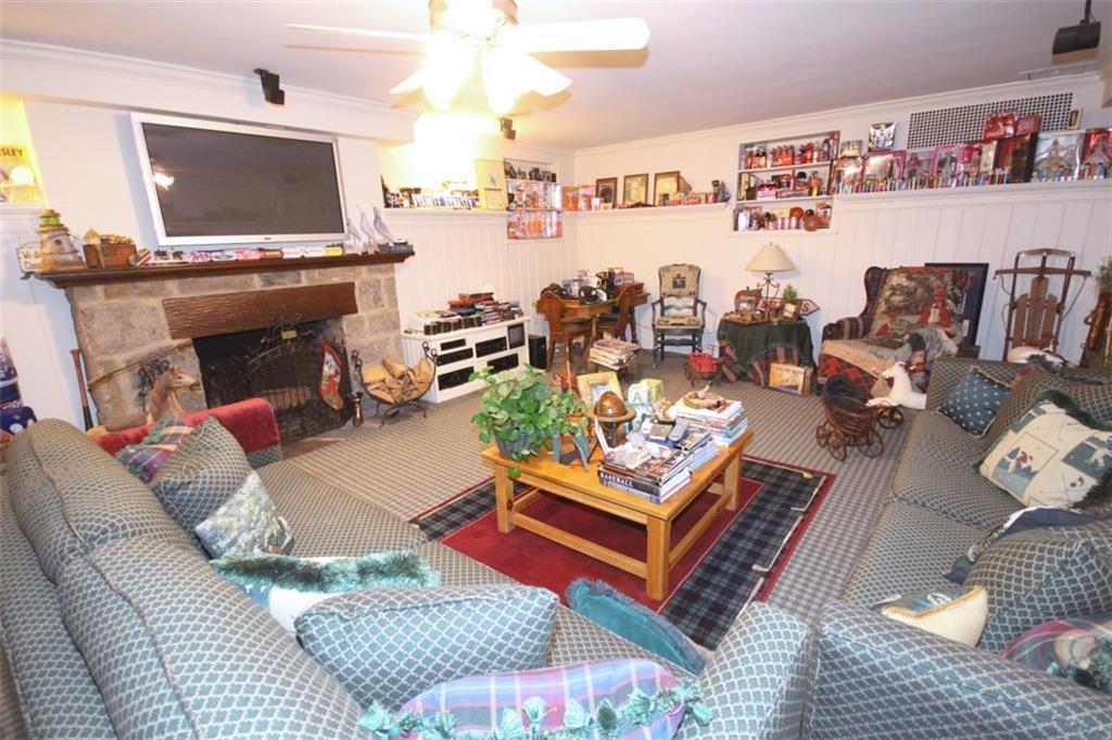 2 Emerson Drive Emerson Hill Staten  Island NY 10304