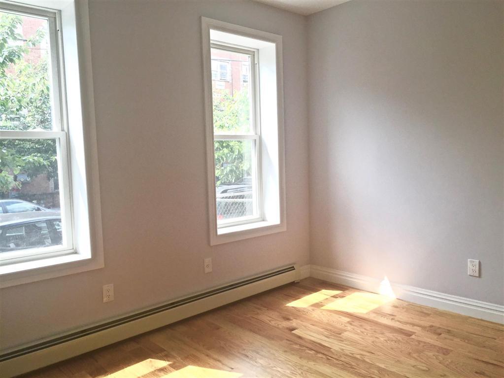 581 Van Siclen Avenue East New York Brooklyn NY 11207