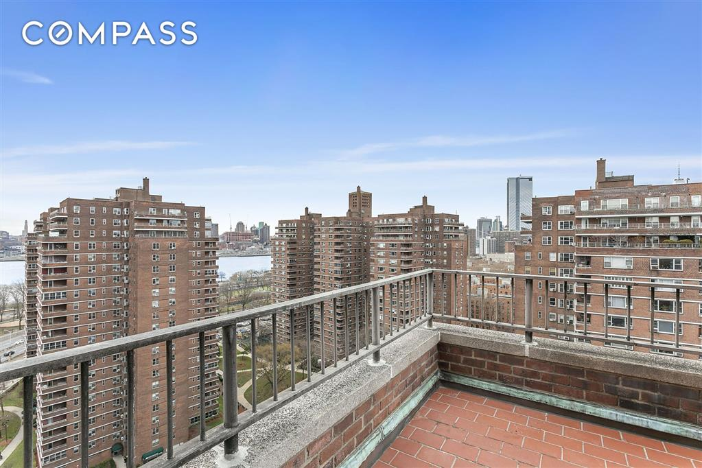 477 FDR Drive Lower East Side New York NY 10002