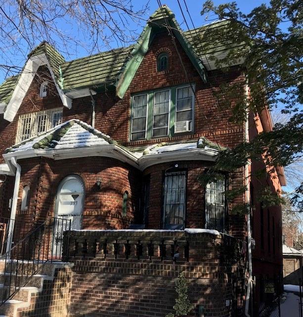 733 East 48th Street East Flatbush Brooklyn NY 11203
