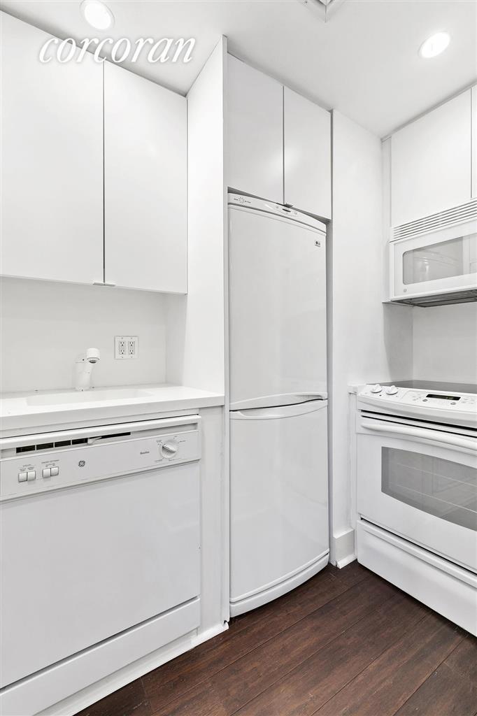 414 East 52nd Street Beekman Place New York NY 10022