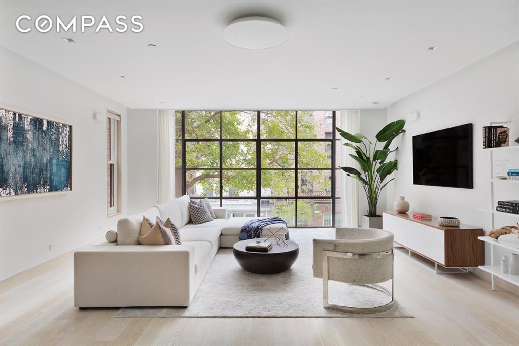315 East 18th Street Gramercy Park New York NY 10003