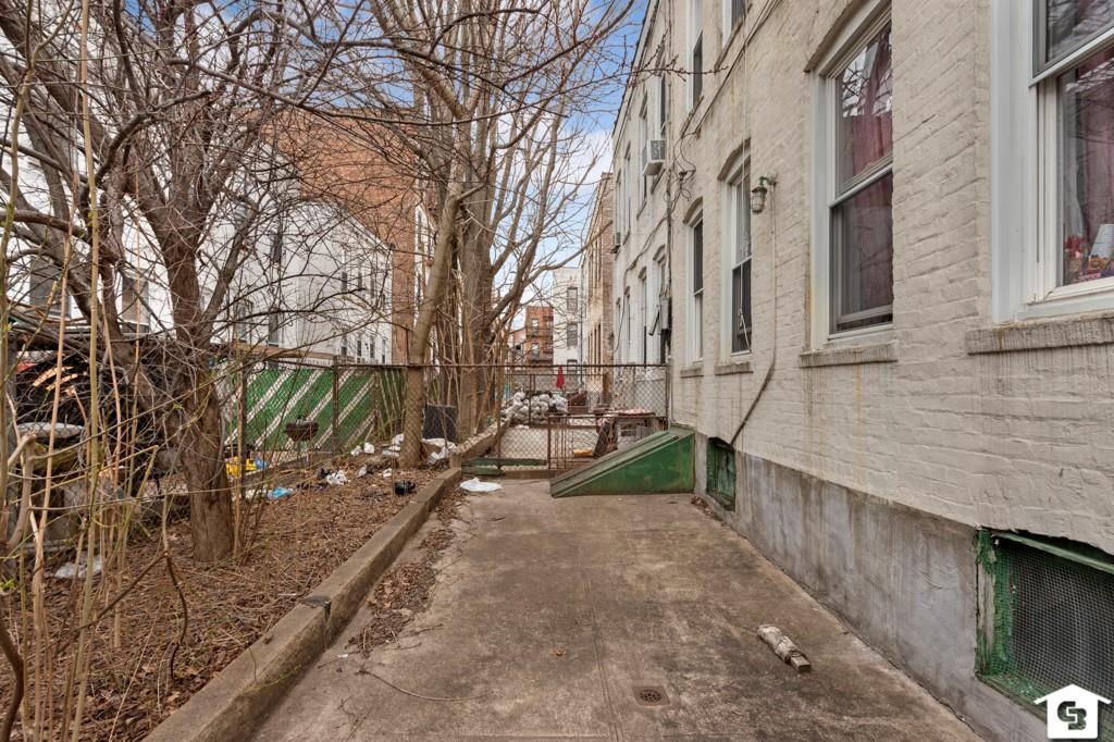 1534 West 10 Street Bensonhurst Brooklyn NY 11204