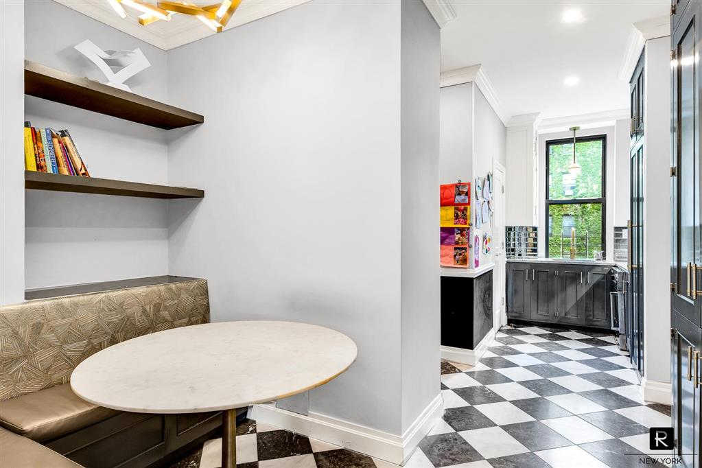 205 West 89th Street Upper West Side New York NY 10024