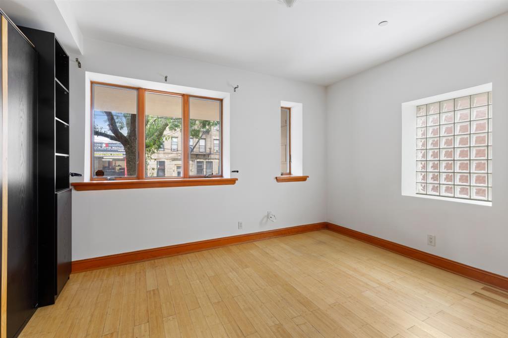 12-14 31st Avenue Astoria Queens NY 11106