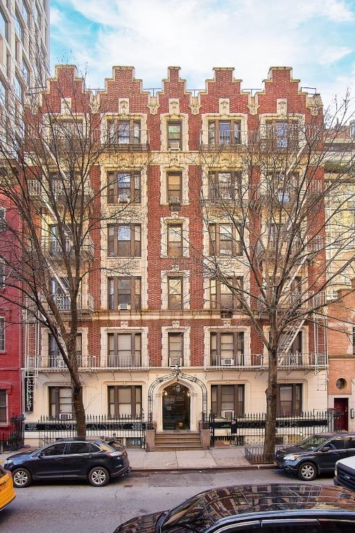 152 East 22nd Street Gramercy Park New York NY 10010