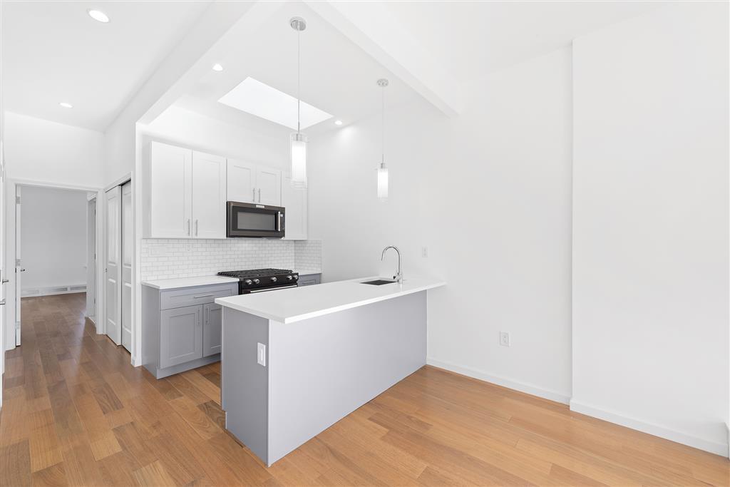 422 West 160th Street 4 Washington Heights New York NY 10032
