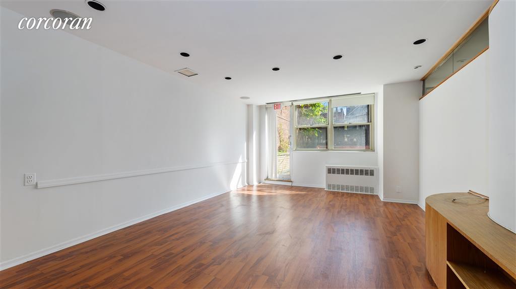 455 Ocean Parkway 1EFG Kensington Brooklyn NY 11218