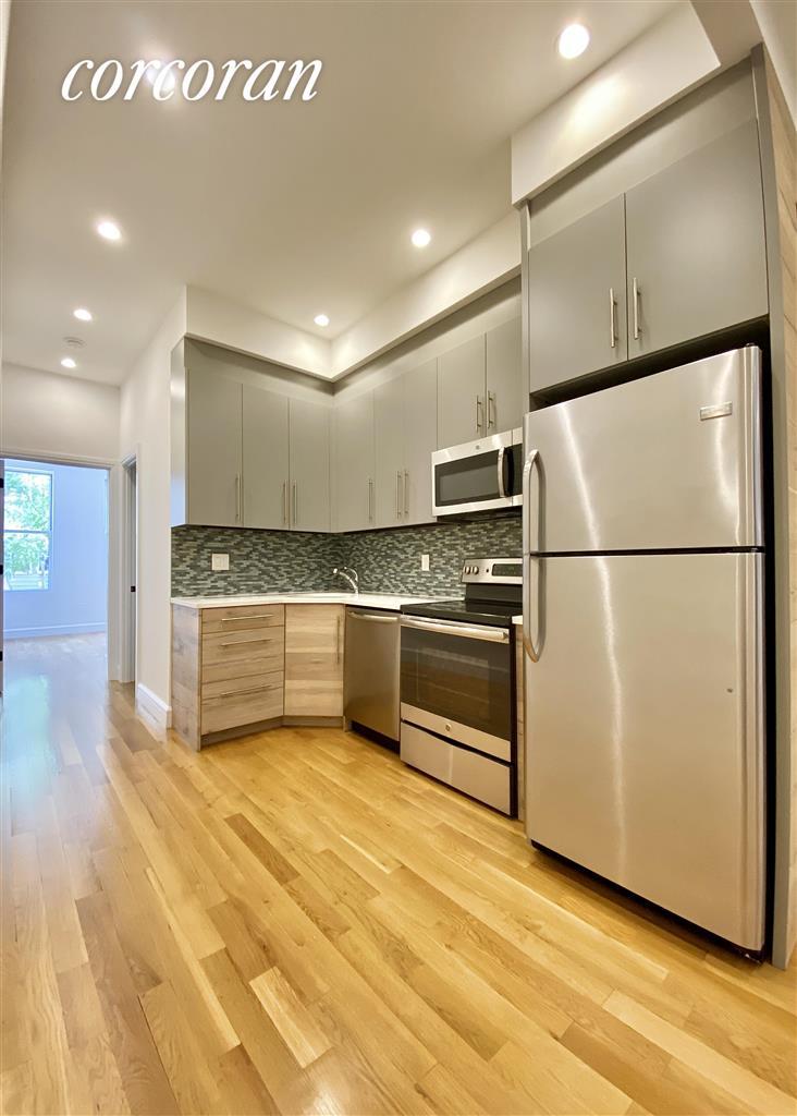 327 Manhattan Avenue Greenpoint Brooklyn NY 11211