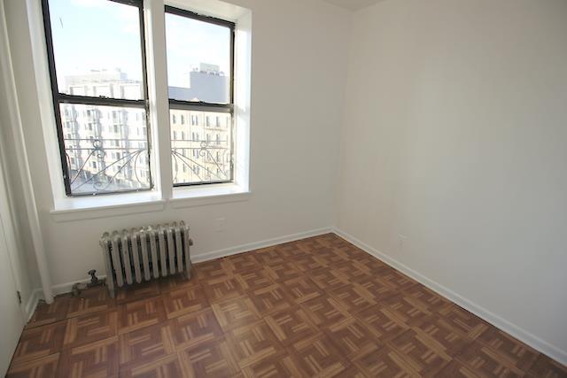 176 Borinquen Place Williamsburg Brooklyn NY 11211