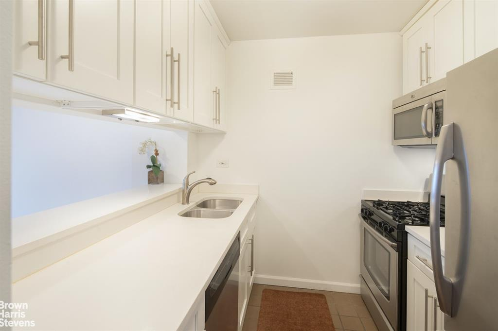 30 West 61st Street Lincoln Square New York NY 10023