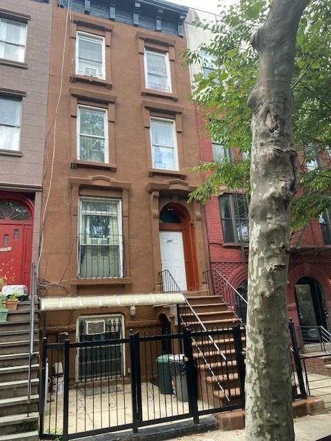 261 Clifton Place Bedford Stuyvesant Brooklyn NY 11216