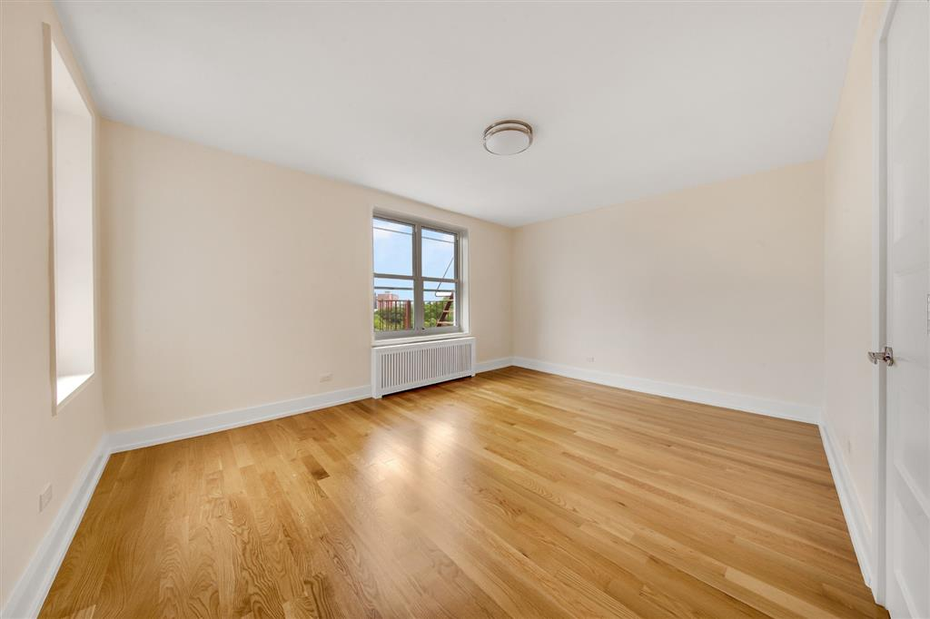 136-04 Cherry Avenue Flushing Queens NY 11355