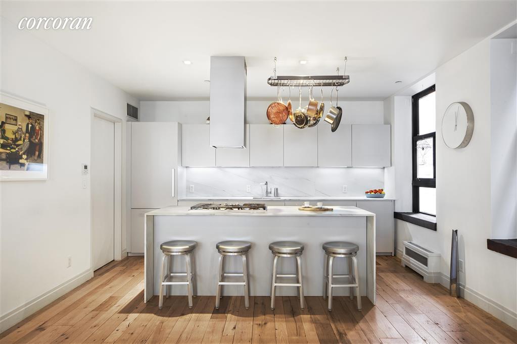 374 Broome Street Little Italy New York NY 10013