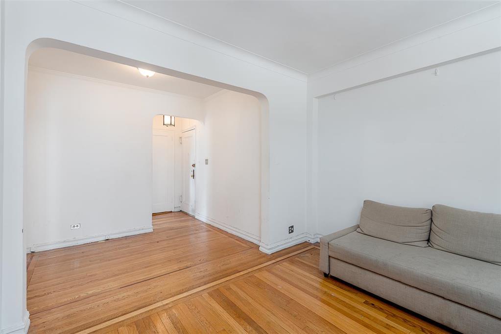 160 East 3rd Street E. Greenwich Village New York NY 10009