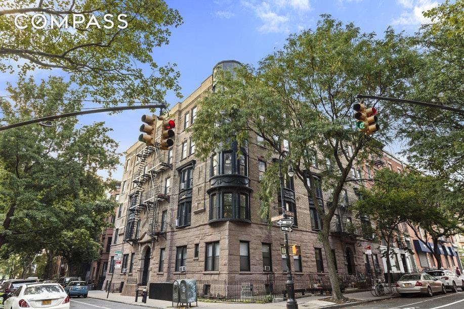 214 Clinton Street Cobble Hill Brooklyn NY 11201