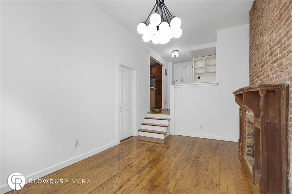 105 West 70th Street Lincoln Square New York NY 10023