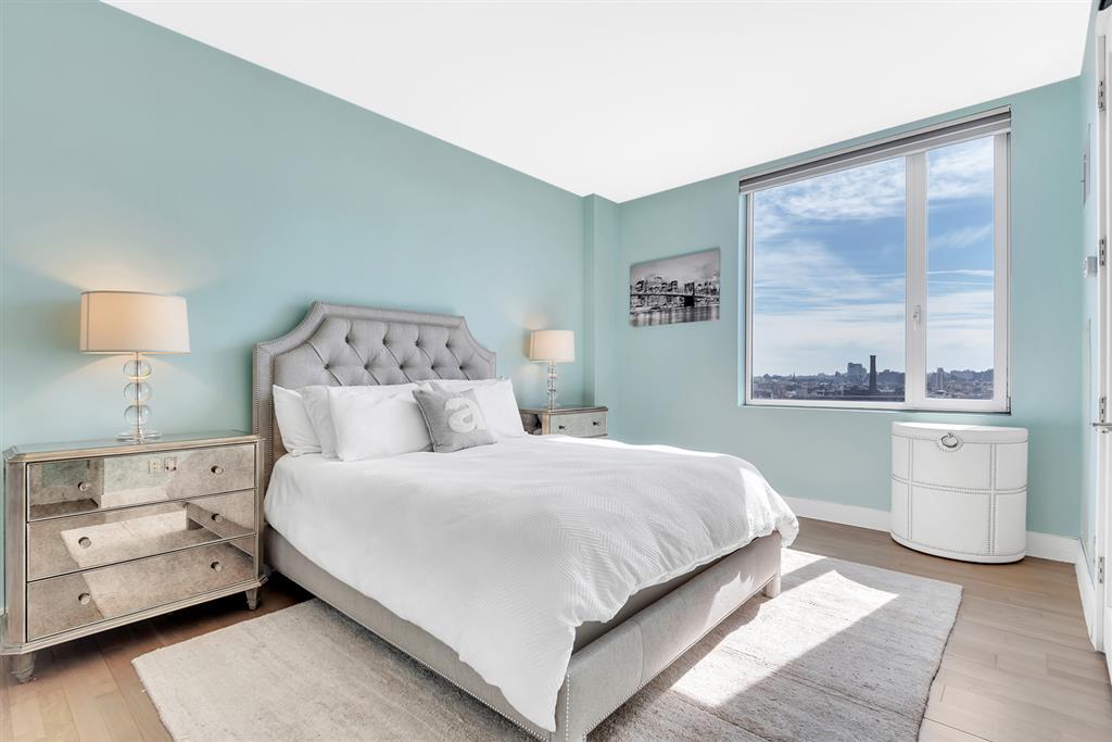 5-19 Borden Avenue Long Island City Queens NY 11101