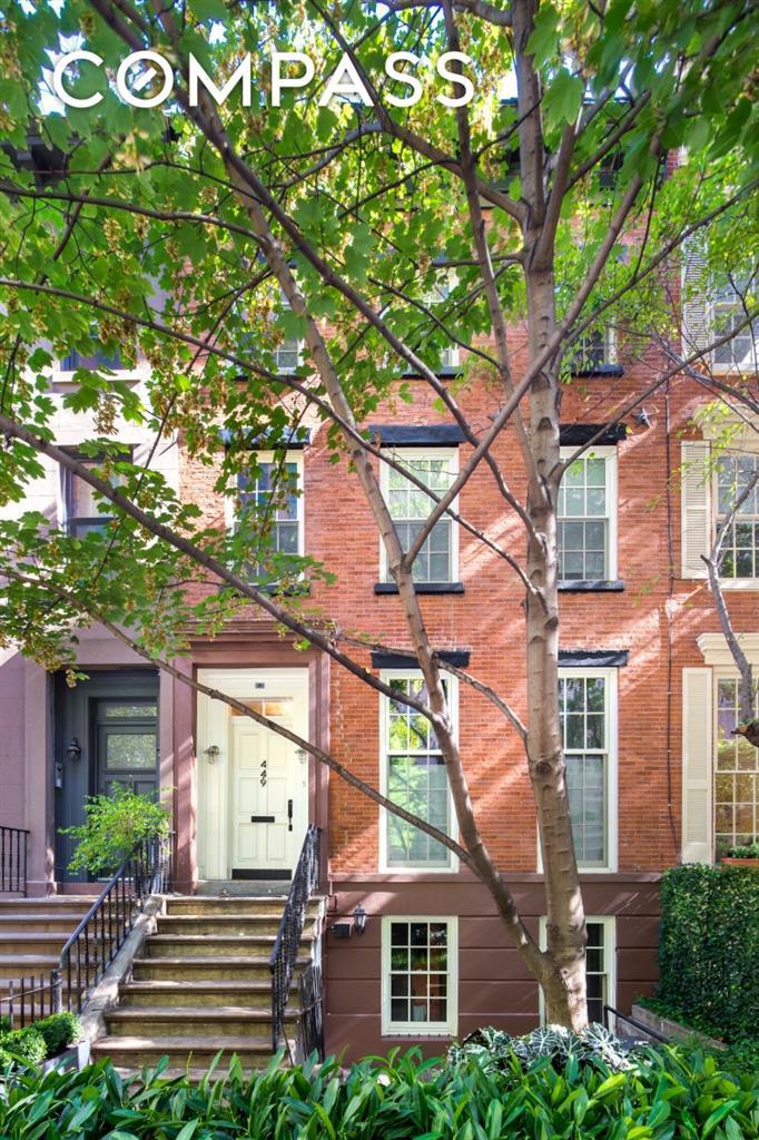 449 West 24th Street Chelsea New York NY 10011