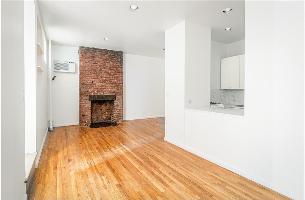 222 West 16th Street Chelsea New York NY 10011