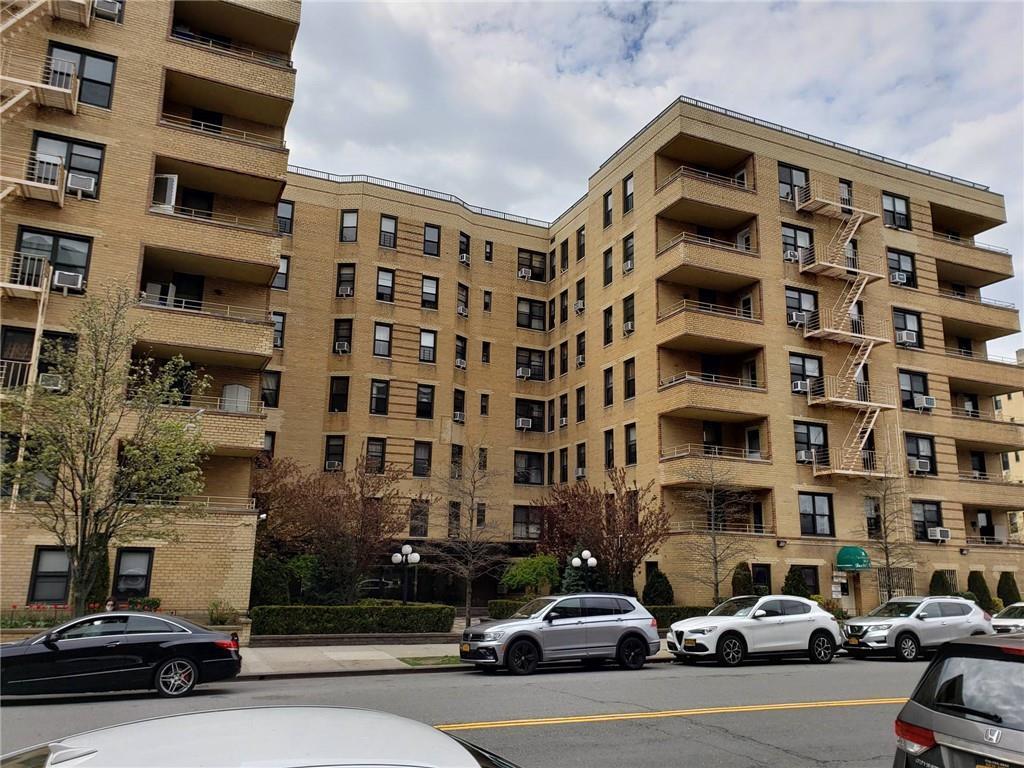2 West End Avenue Manhattan Beach Brooklyn NY 11235