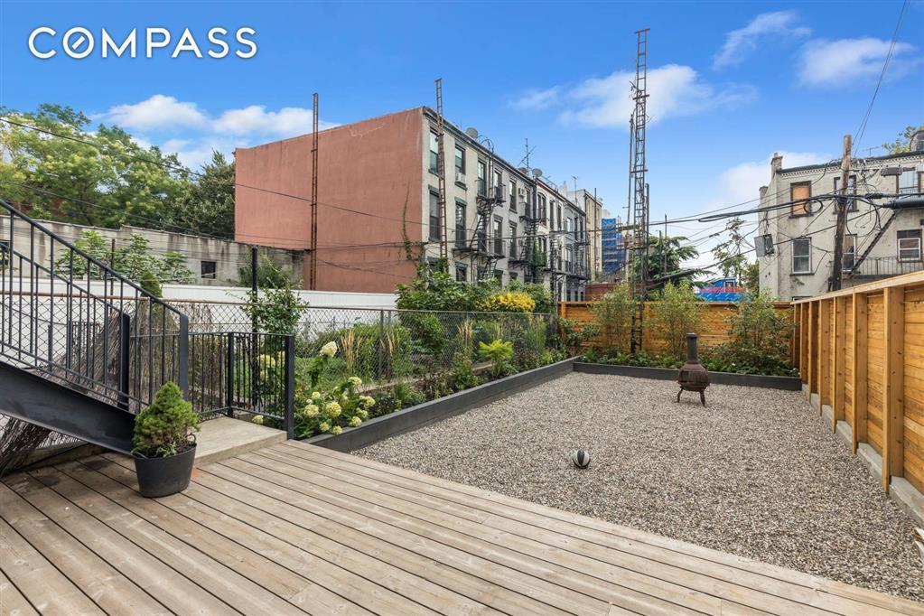 42 4th Place Carroll Gardens Brooklyn NY 11231