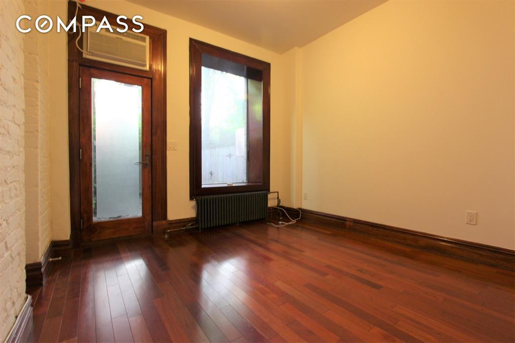 633 East 6th Street E. Greenwich Village New York NY 10009