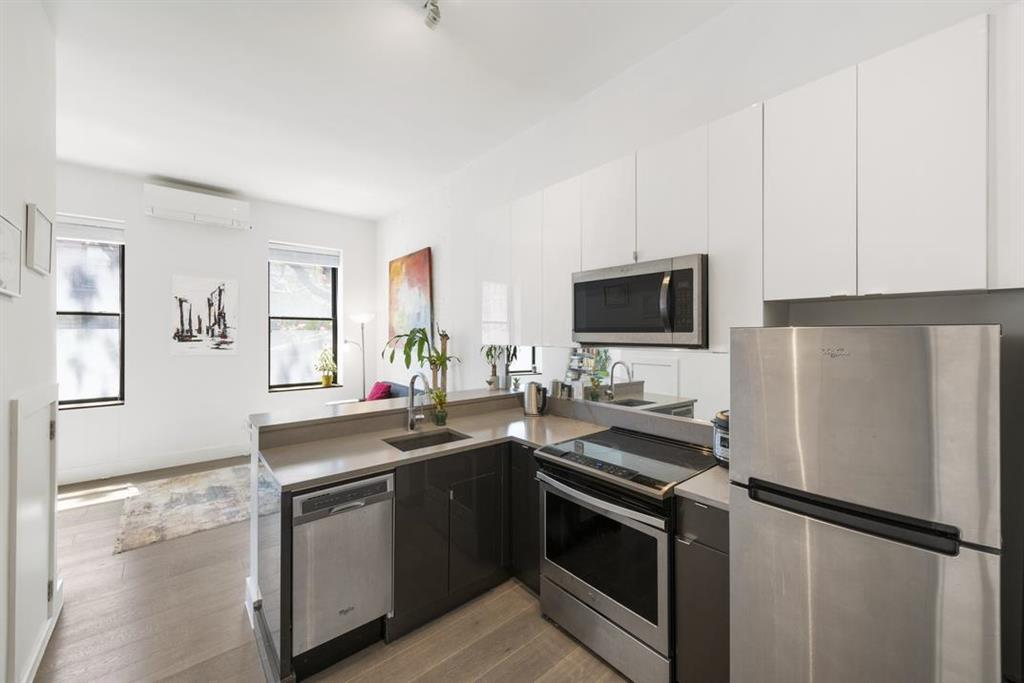 203 West 22nd Street Chelsea New York NY 10011