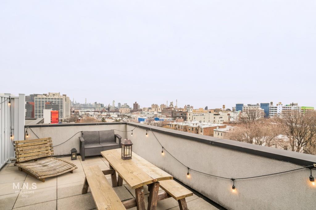 122 Vanderbilt Avenue Fort Greene Brooklyn NY 11205