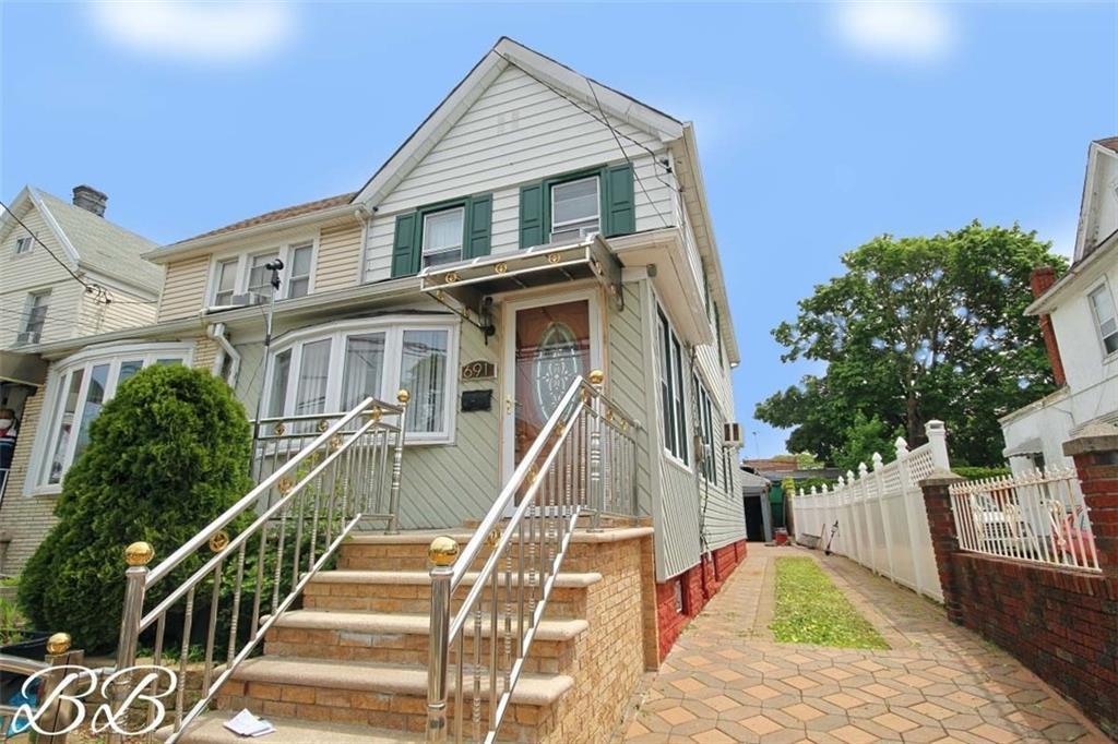 691 East 39 Street East Flatbush Brooklyn NY 11203