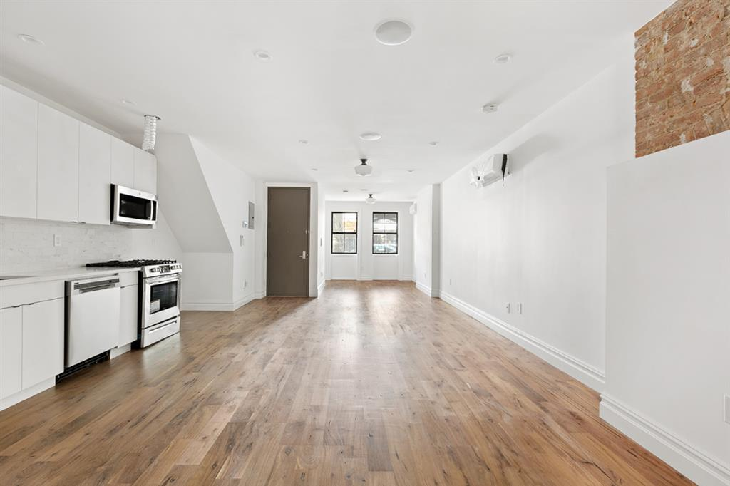 231 Albany Avenue Crown Heights Brooklyn NY 11213