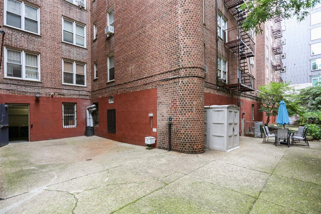 3210 Arlington Avenue Riverdale Bronx NY 10463