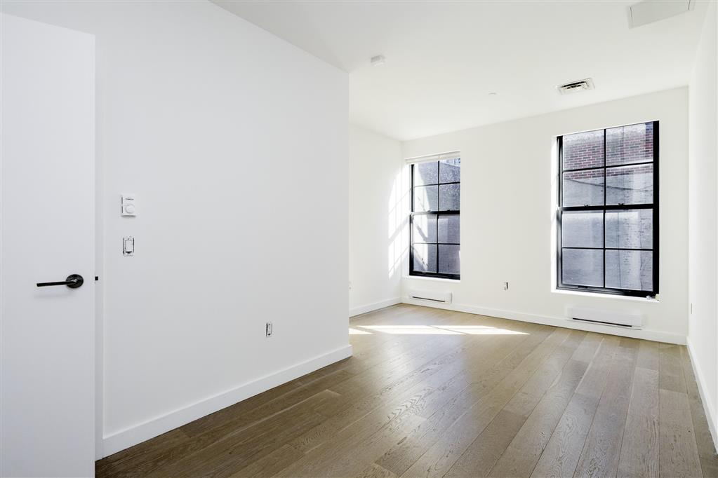 496 Broadway Soho New York NY 10012