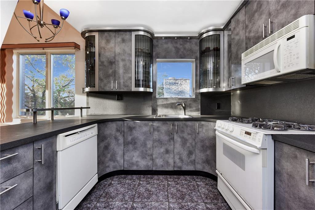 4817 Bedford Avenue Sheepshead Bay Brooklyn NY 11235