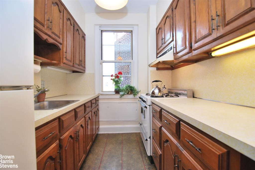35-15 78th Street Jackson Heights Queens NY 11372