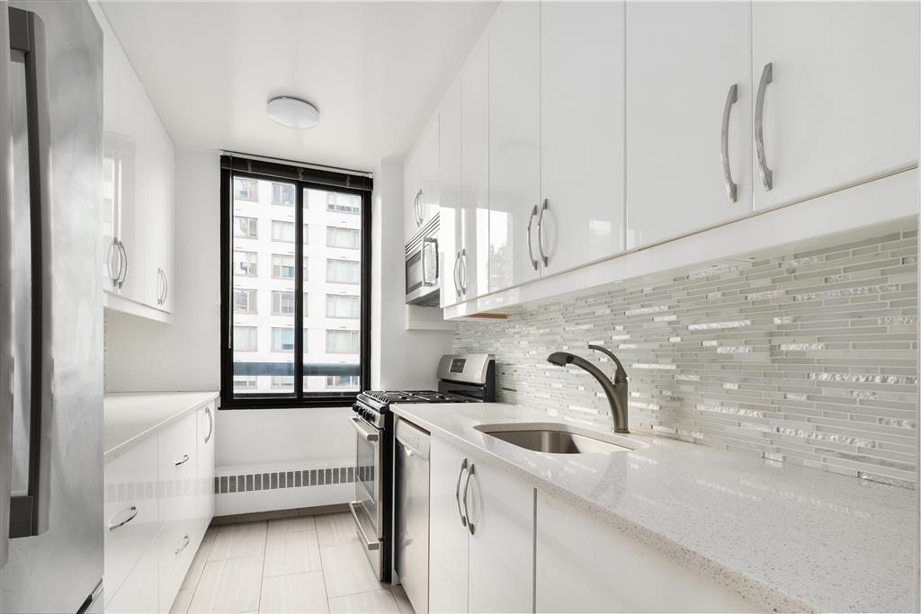 171 East 84th Street Upper East Side New York NY 10028