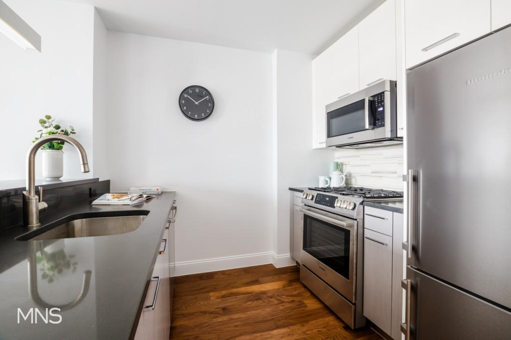 42-14 Crescent Street Long Island City Queens NY 11101